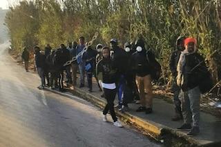 """Coronavirus, sindaco di Castel Volturno: """"Immigrati incontrollabili"""". I bus evitano la Domitiana"""
