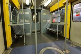 Coronavirus Napoli, i trasporti: Metro 1 e Funicolari chiuse alle 20.30. Ecco i bus tagliati