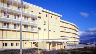 Boscotrecase, blitz dei carabinieri nell'inferno dell'ospedale Covid