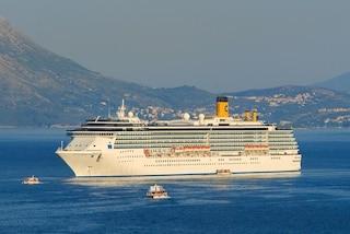 Nave da crociera nel porto di Napoli, sbarcati 27 italiani dopo le visite mediche
