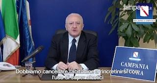 """De Luca in diretta, show contro gli assistenti civici: """"Faranno gli esercizi spirituali?"""""""