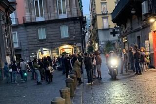 """""""Folla davanti a pub e baretti"""", l'allarme delle Municipalità della movida"""