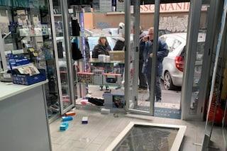 Napoli, presa la banda della spaccata: decine di furti e un bottino di 100mila euro