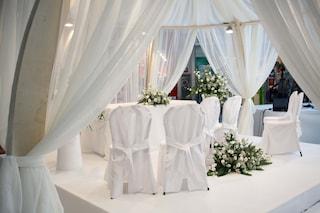 Torre Annunziata, alla festa di matrimonio 30 multati, sposi compresi, e tre arresti