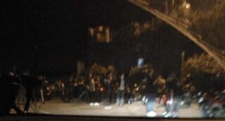 A Monte di Procida si radunano 50 motociclisti: il sindaco blocca tutto per assembramento