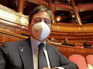 'Salvati da medici e infermieri, Sanità Campania nel caos': Grassi (Lega) attacca De Luca