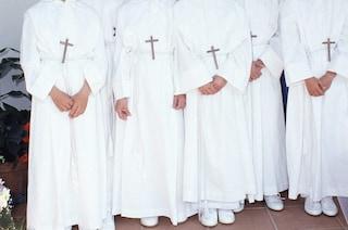 A Napoli possibili le Prime Comunioni da settembre. Ancora vietato sposarsi di domenica