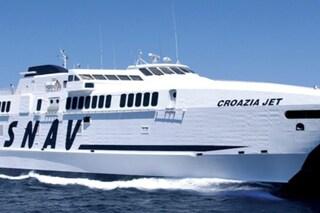 Navi, traghetti e aliscafi Snav, ripartono i collegamenti da Napoli per isole e Croazia