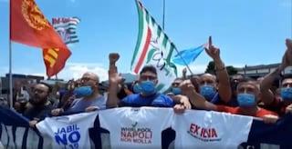 Whirlpool Napoli conferma la chiusura dal 31 ottobre: operai in rivolta