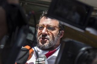 Lancio di uova contro Salvini, denunciate due studentesse di Avellino