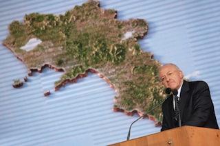 De Luca è in campagna elettorale, smetta di ripararsi dietro lo scudo della Regione Campania