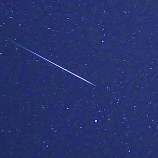 Aquaridi, le stelle cadenti della cometa di Halley sull'Italia: dove e quando vederle