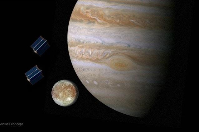Rappresentazione artistica di Europa vicino a Giove (Image Credit: NASA/JPL)