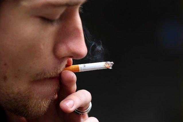 I fumatori sono malati e affetti da dipendenza