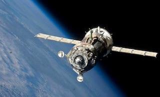 Allarme dallo spazio, il cargo russo potrebbe schiantarsi sulla Terra il 7 maggio