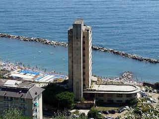 Il cemento si è mangiato il 20% della costa italiana