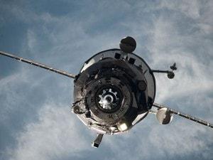 Il cargo russo Progress M–27 M (Foto @Nasa).