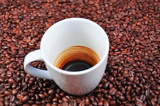 Stressati? Provate a prendere più caffè