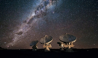 Siamo soli nell'Universo? Cento milioni di dollari per scovare ET