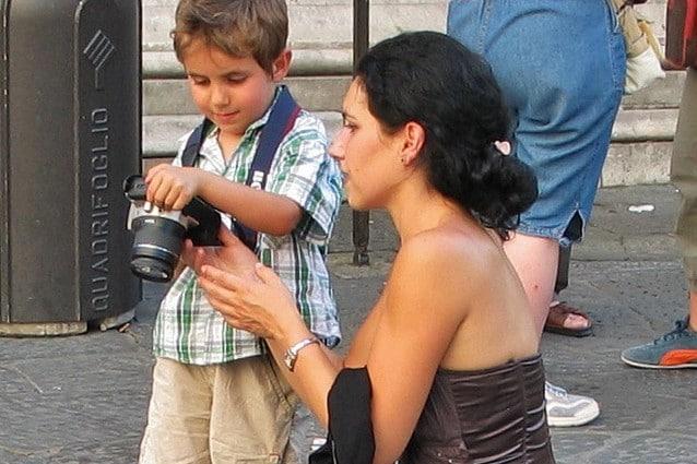 La comunicazione madre–figlio influenza lo sviluppo dei bambini