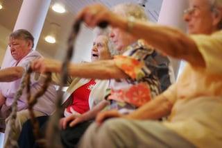 Due minuti di saltelli al giorno per ridurre i rischi dell'osteoporosi