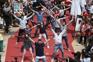 La scienza ci spiega perché amiamo così tanto i Flashmob