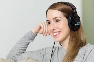 Come il tono della nostra voce influenza il nostro umore