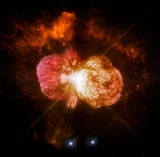 Gemelli di Eta Carinae in altre galassie