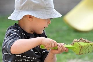 I ricercatori hanno scoperto che tutti noi abbiamo i geni dell'autismo
