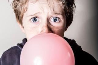 Ecco dove finiscono i chewing gum che ingoiamo