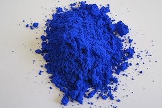 Scoperto per sbaglio un nuovo pigmento blu ecosostenibile