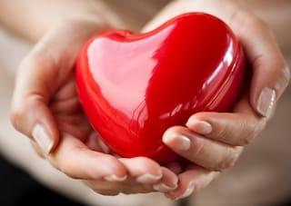 Colesterolo e problemi cardiaci: ennesimo studio gonfiato dai media