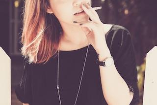 Hai un figlio piccolo e fumi? Ecco quali danni gli stai provocando