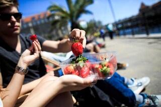 Ecco quanta frutta e verdura devi mangiare per essere più felice