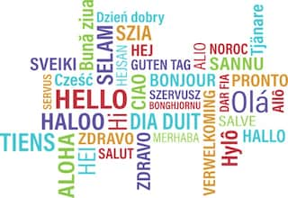 Parole simili in lingue diverse: lo studio sui suoni nel vocabolario di base