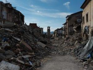 Immagini da Amatrice dopoil terremoto del 24 agosto 2016 (LaPresse).