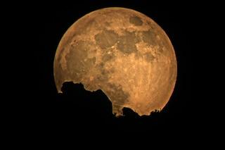 La Luna influenza le nostre vite? Ecco cosa c'è di vero
