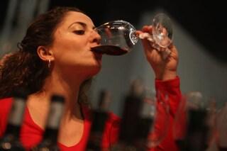 Il sapore di un vino è influenzato dal suo prezzo. Gli effetti dei soldi sul cervello