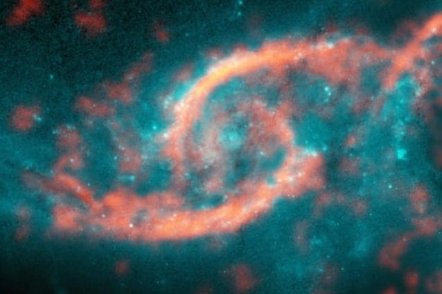 Credit M. Kaufman; B. Saxton (NRAO/AUI/NSF); ALMA (ESO/NAOJ/NRAO); NASA/ESA Hubble Space Telescope