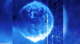 Ecco cos'è quella sfera blu sul Sole | Svistamenti