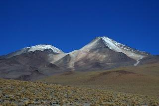 Il super lago scoperto sotto ad un vulcano emoziona gli scienziati: ecco perché