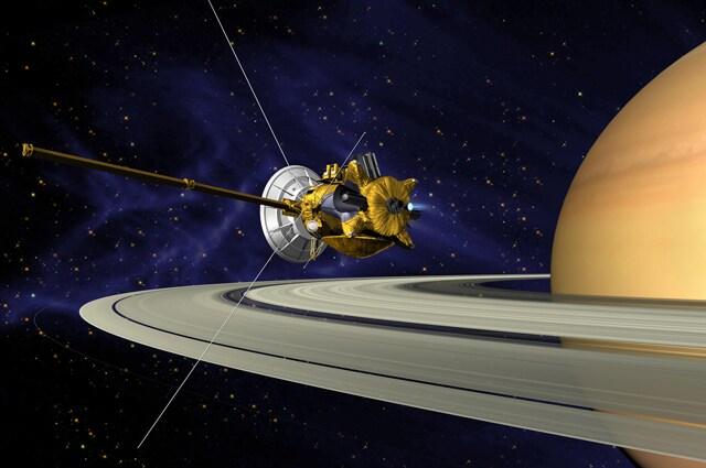 Illustrazione della sonda Cassini che orbita attorno a Saturno – Immagine di NASA