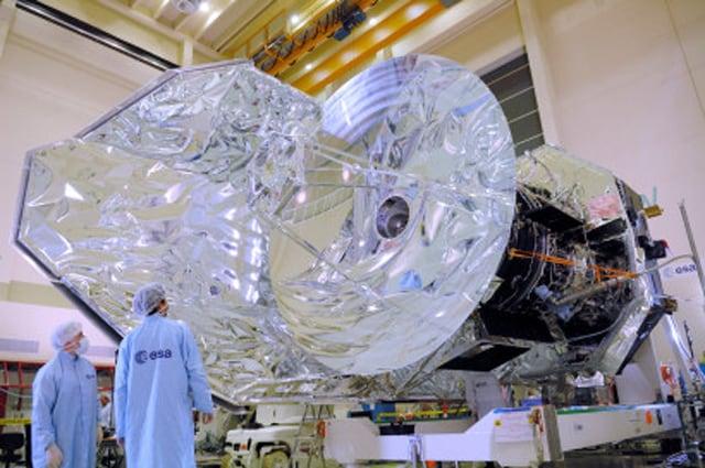 I preparativi del satellite Herschel - Foto di ESA