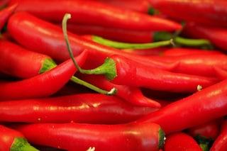 Il peperoncino fa bene: mangiare piccante riduce il rischio di morte precoce