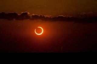 Cerchio di fuoco nel cielo: lo spettacolo dell'eclissi anulare