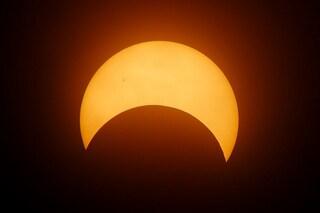 Occhi al cielo: due eclissi a febbraio, Luna e Sole. Ecco dove vederle