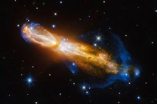 'Flatulenza' spaziale: Hubble fotografa la morte di una stella che puzza di uovo marcio