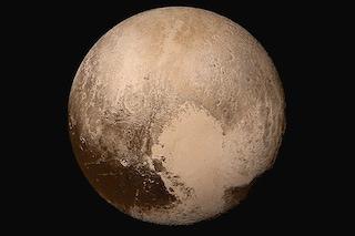 Esploratori, divinità e cani: i bizzarri nomi dei crateri e delle superfici di Plutone