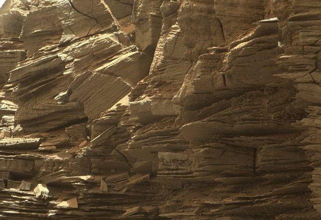 Formazione rocciosa fotografata da Curiosity