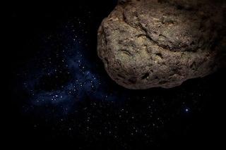 Asteroide grande quanto un campo da calcio ci 'sfiorera' a super velocità: quando e rischi